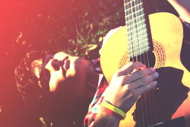 Outdoor teen portrait shoot with guitar