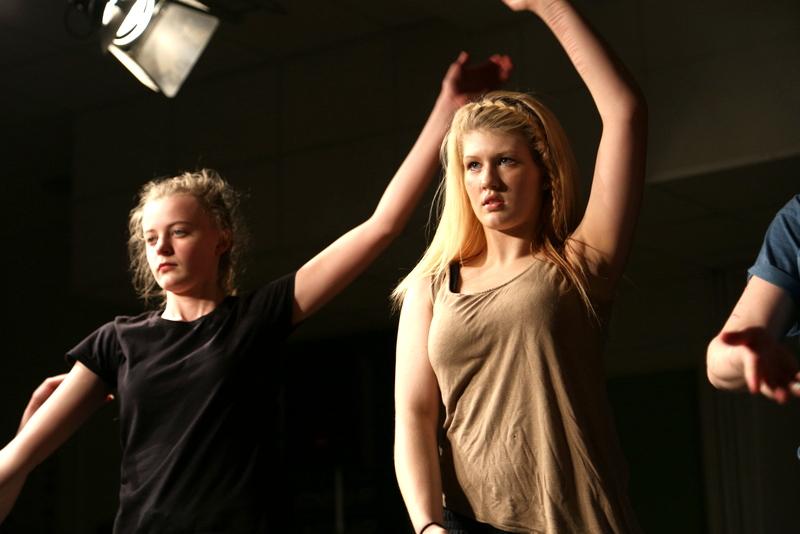 Neatherd dance show sample (26)